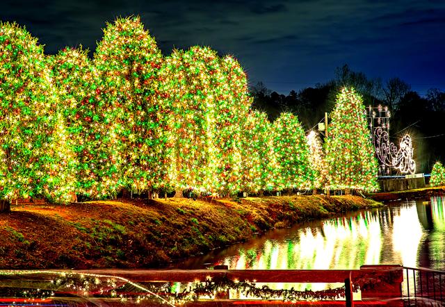 Christmas Town Usa.Outdoor Christmas Decorations At Christmas Town Usa Royal